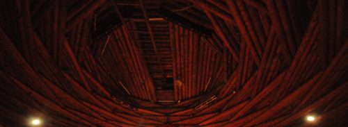 Home of the World's Largest-Self-Supported Log Ceiling